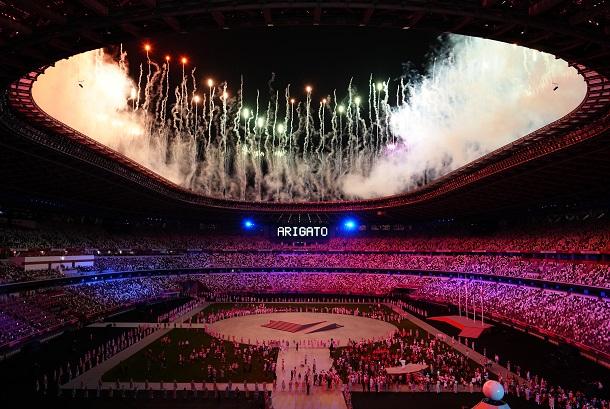 東京五輪閉会式=2021年8月8日、東京・国立競技場