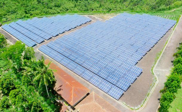 インドネシアにおける再生可能エネルギー投資の動向と課題