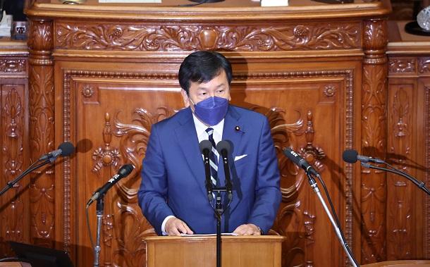 衆院本会議で、代表質問をする立憲民主党の枝野幸男代表=10月11日、上田幸一撮影