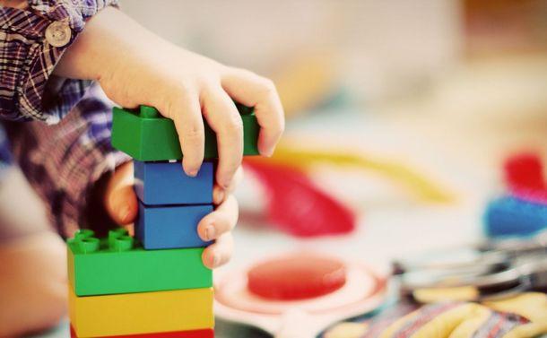 「親の権利」から「子の安全」へ〜共同養育を進めた国で起きている方針転換