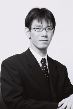 写真・図版 : <B>有吉 尚哉</B>(ありよし・なおや)<br/> 2001年東京大学法学部卒業。2002年弁護士登録。2010年~2011年金融庁総務企画局企業開示課出向。現在、西村あさひ法律事務所弁護士。金融法委員会委員。資産流動化取引その他の金融取引、信託取引、金融商品取引業その他の金融関連規制への対応等を担当。