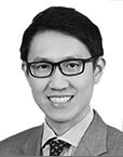 写真・図版 : <B>Meng Yew Wong</B>(メン・ユー・ウォン)<BR/> Wong & Partnersの税務グループにパートナーとして所属。国際貿易、税務、関税およびコンプライアンスに関する案件を主に手掛ける。国際税務、貿易および関税の分野において、商品、サービスならびに投資に関する多国間のサプライチェーン問題および戦略についてクライアントにアドバイスを提供。取扱業務はHSコード、WTO評価基準、自由貿易協定の輸出入規制、貿易制裁、貿易救済、腐敗防止およびフランチャイズ事業。