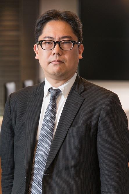 写真・図版 : <B>柴原 多</B>(しばはら・まさる)<br> 1996年、慶應義塾大学法学部卒業。司法修習を経て99年に弁護士登録(東京弁護士会)。事業再生・倒産事件(民事再生・会社更生・私的整理事件を中心)、第三セクターの再建、国内企業間のM&A等に関する各社へのアドバイス、法廷活動等に従事。西村あさひ法律事務所パートナー。
