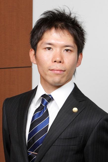 写真・図版 : <b>長瀨 威志</b>(ながせ・たけし)<br/> 2005年3月、東京大学法学部卒。2009年9月、司法修習(62期)を経て弁護士登録(第二東京弁護士会)、当事務所入所。2013年から2014年まで金融庁総務企画局企業開示課に出向。同年から2015年まで米国University of Pennsylvania Law School(LL.M.)。2015年9月から2017年9月まで国内大手証券会社法務部出向。2016年11月、ニューヨーク州弁護士登録。2017年10月、当事務所復帰。