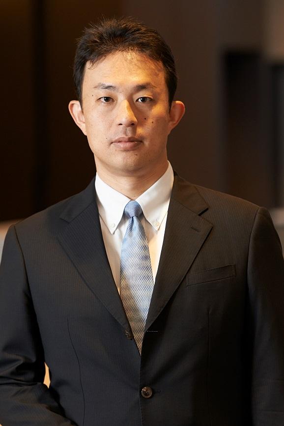 写真・図版 : <b>佐々木 秀</b>(ささき・しげる)<br/> 2002年、東京大学法学部卒。2003年に第一東京弁護士会に登録。2010年~2013年、みずほ証券株式会社法務部に出向。2014年にボストン大学ロースクールを卒業(LL.M. in American Law, Sebastian Horsten Prize)。2015年ニューヨーク州で弁護士登録。2014年~2015年には、ニューヨークのデービス・ポーク・アンド・ウォードウェル法律事務所で勤務。