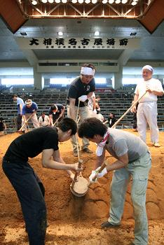 NHK大相撲中継中止に賛成か反対か