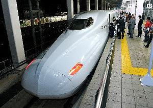 九州新幹線の全線開通は何をもたらすのか