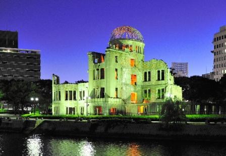 写真・図版:村上春樹氏の演説から考える核と日本人の関係